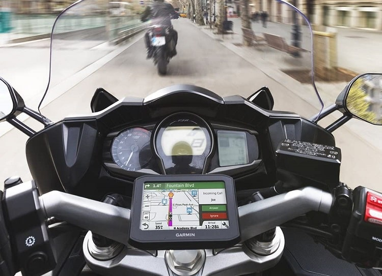 Garmin zumo 396 LMT-S GPS Motocycle Review