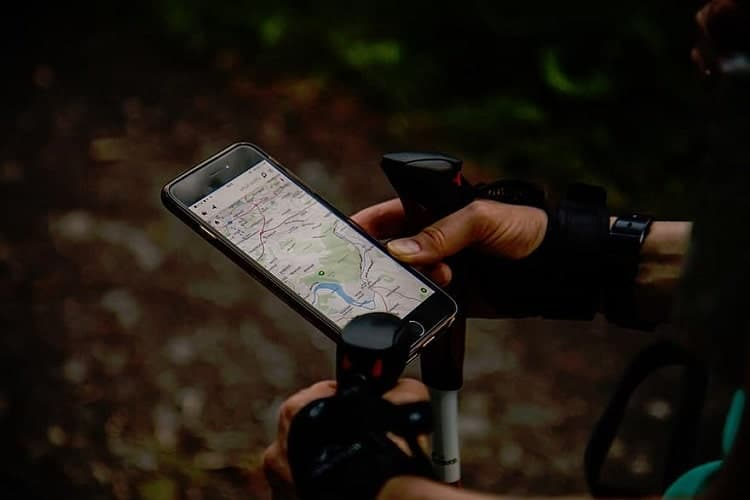 How To Use a GPS Device (Right Using GPS)